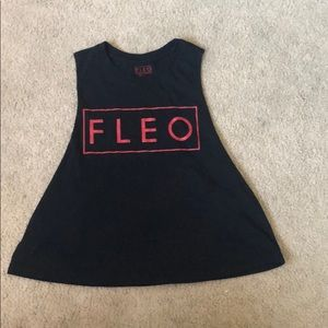 Fleo crop top medium